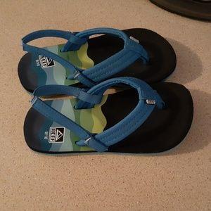 Child size flip flops